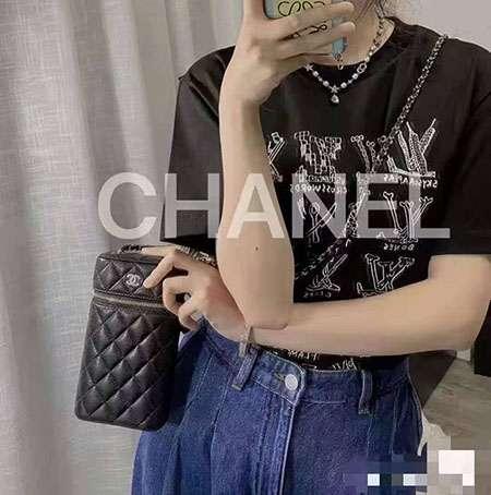 Chanelクロスボディ ハイブランド 売れ筋