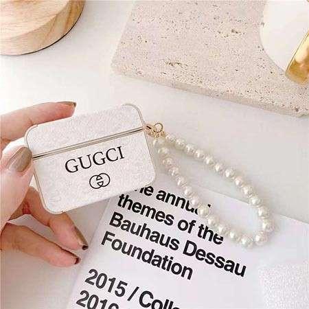 Gucci ペンダント付き