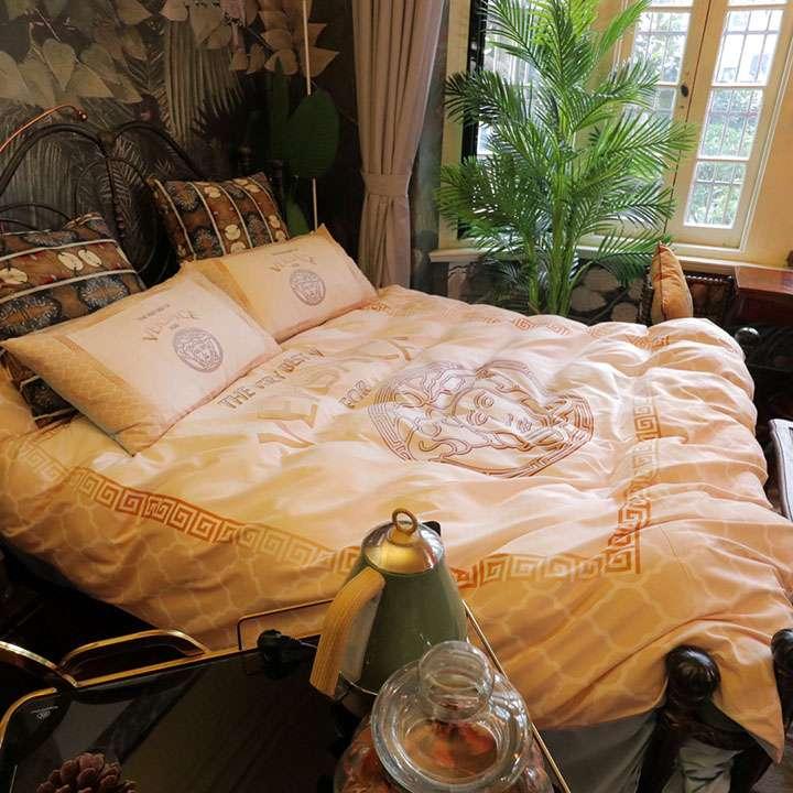 ヴェルサーチ寝具セット ブランド